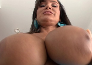 Lisa Ann feels happy to win her asshole properly fucked