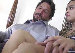 Teen stepdaughter cockriding before facial
