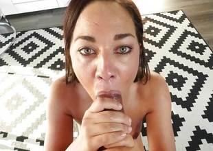 Amara Romani loves ot suck dick