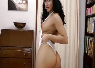 Pretty Natasha gets naked and masturbates enduring