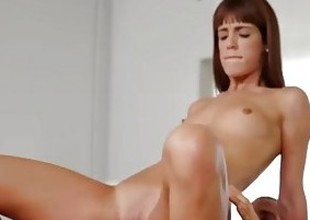 Passion-HD - Dick sucker pro Hymn Vega gets dripping pussy fucked
