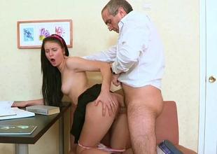 Cast off senior teacher is seducing babes lubricious beaver