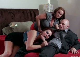 Diamond Foxxx,Johnny Sins and Mackenzee Pierce in amazing threesome porn