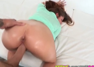 Tenebrous Teddi Rae gives unthinkable oral pleasure to hot bang connect with by sucking his put away taproom