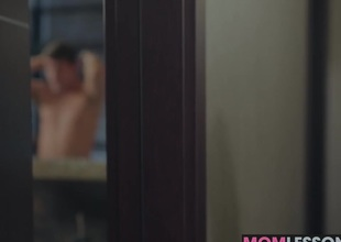 Tiffany Explicit traditional her mind on seducing Biankas hot boyfriend