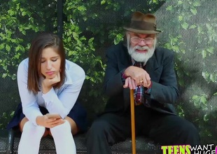 Abella Danger gets fucked coupled with facialized at the bus stop